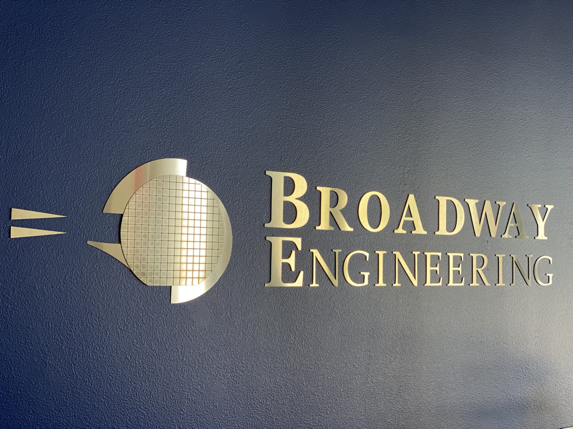 broadway engineering logo